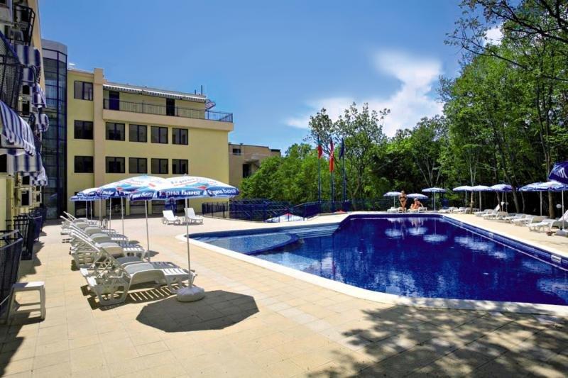 Blue Sky Pool