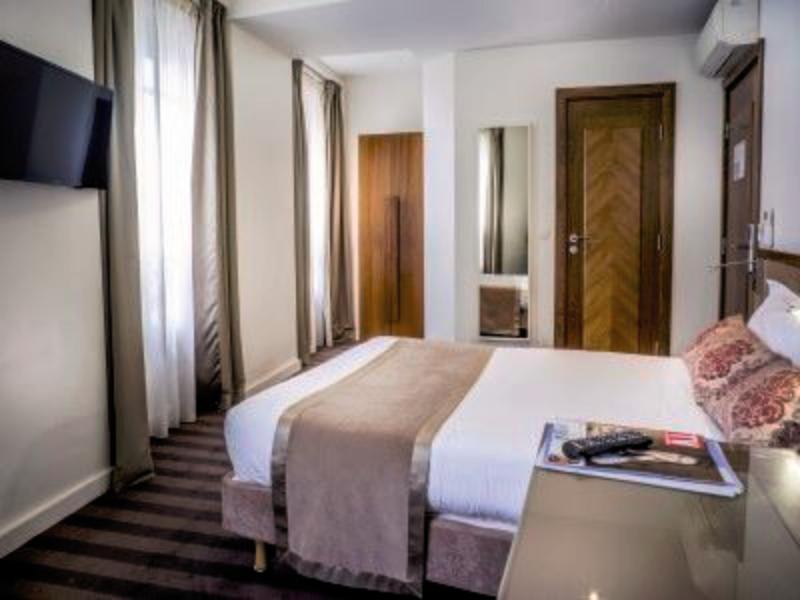 Art Hotel Batignolles Wohnbeispiel
