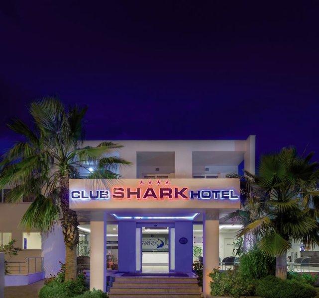 Shark Club Hotel Außenaufnahme