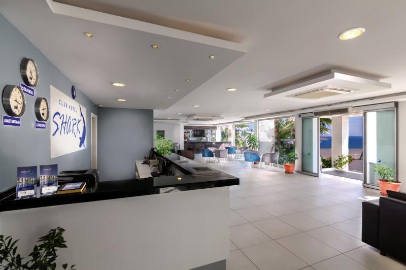 Shark Club Hotel Lounge/Empfang