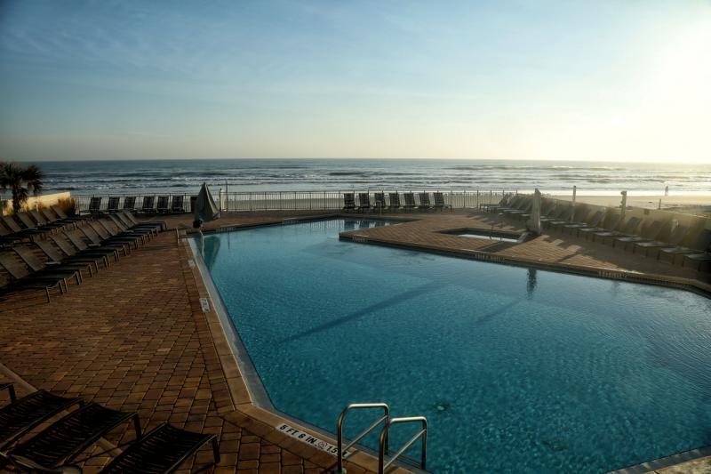 Hyatt Place Daytona Beach - Oceanfront Pool