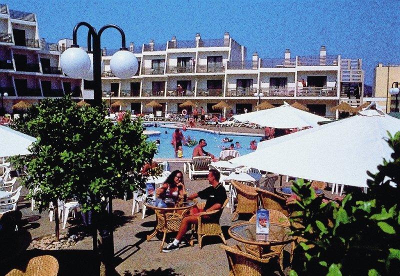 Palmanova Suites by TRH Pool