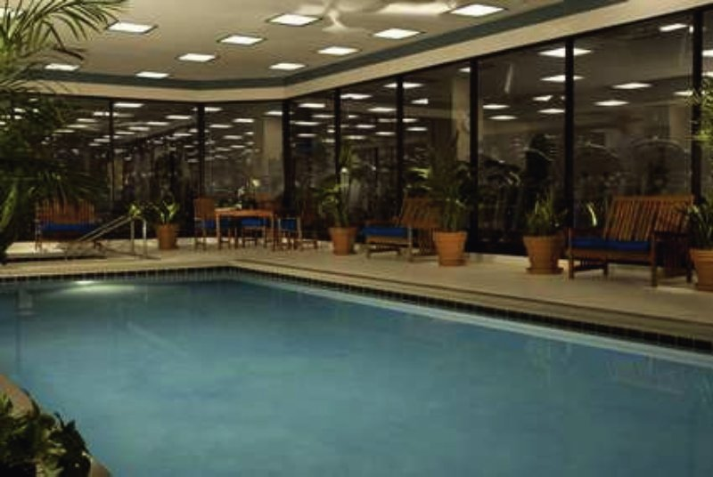 Hilton Chicago O´Hare Airport Pool