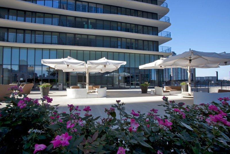 Urlaub im Radisson Blu Aqua - hier günstig online buchen