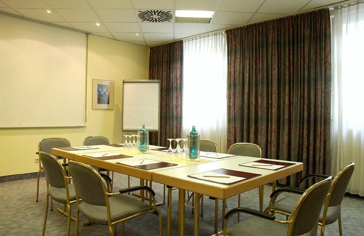 ACHAT Comfort Rüsselsheim Konferenzraum
