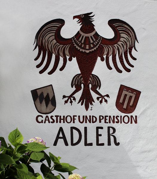 Adler Salem Außenaufnahme