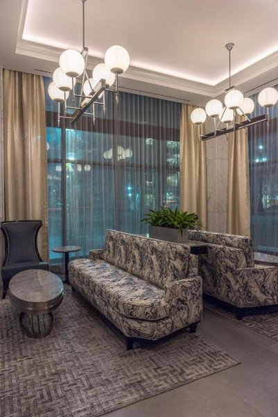 The Jung Hotel & Residences Lounge/Empfang