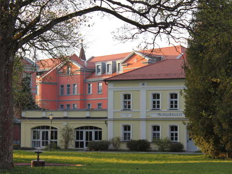 DORMERO Schlosshotel Reichenschwand Außenaufnahme