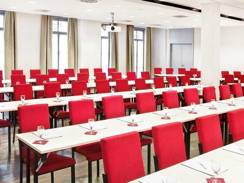 DORMERO Schlosshotel Reichenschwand Konferenzraum
