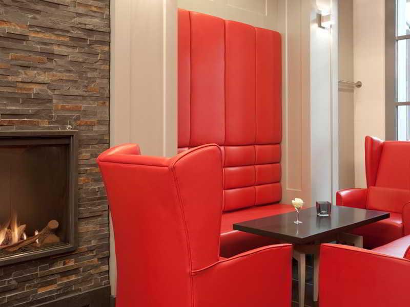 DORMERO Schlosshotel Reichenschwand Lounge/Empfang