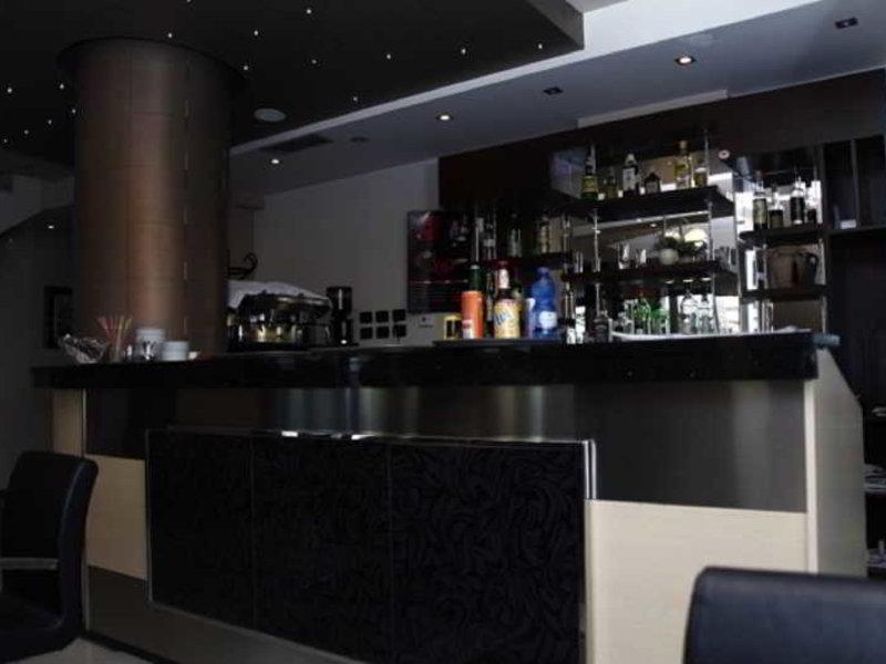 Nais Beach Bar