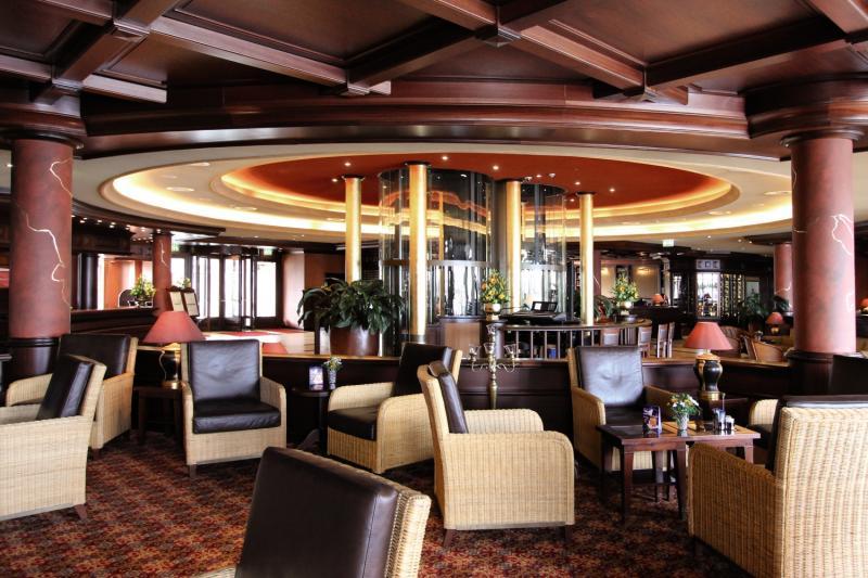 Yachthafenresidenz Hohe Düne Bar