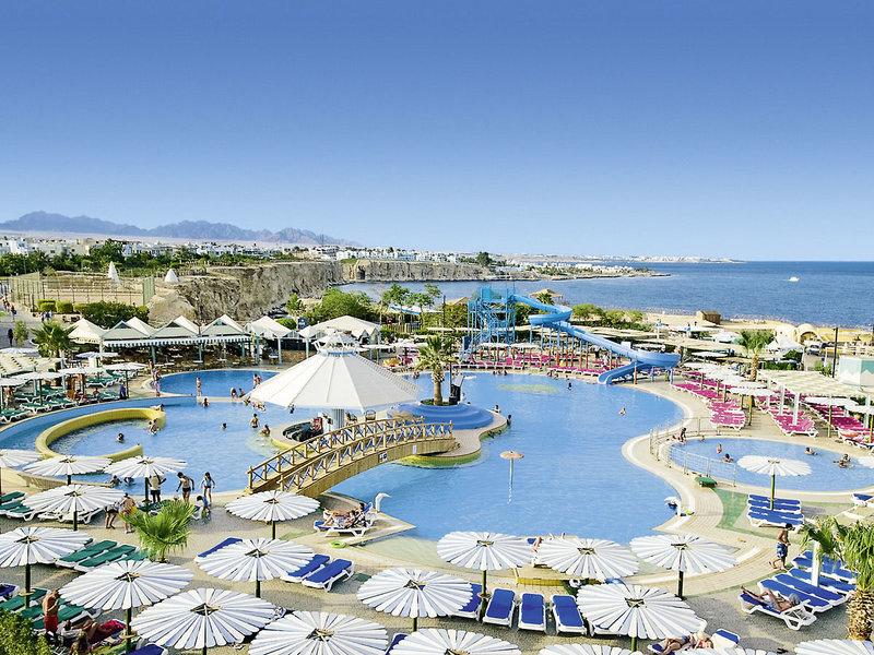 Dreams Beach & Vacation Resort Pool