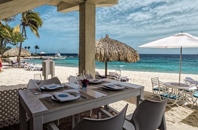 Floris Suite Hotel - Spa & Beachclub - Erwachsenenhotel Strand