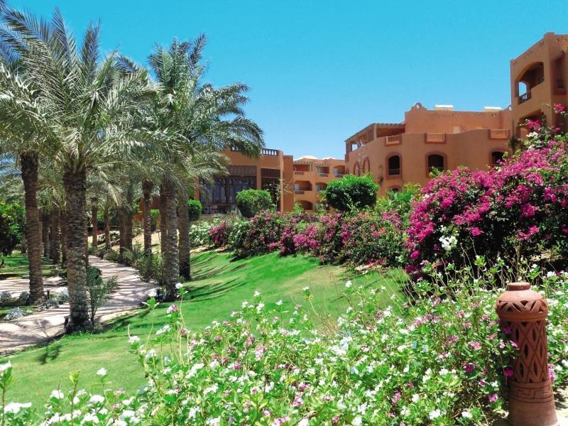 Dream Lagoon Garden Resort  Garten