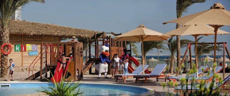 Amwaj Blue Beach Resort & Spa Pool