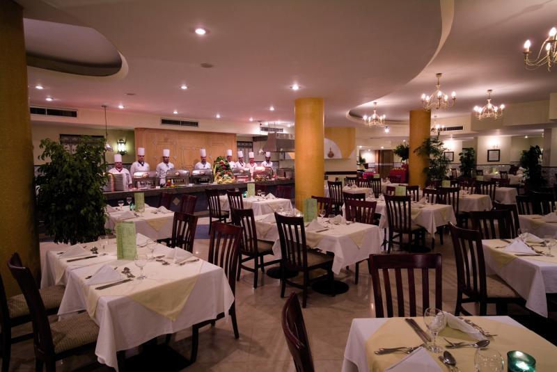 Flamenco Beach & Flamenco Resort Restaurant