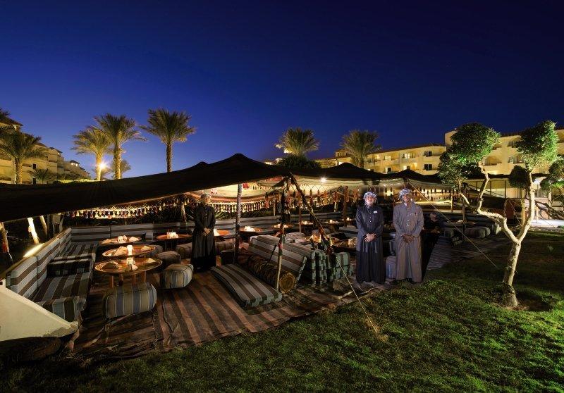 Amwaj Blue Beach Resort & Spa Terrasse