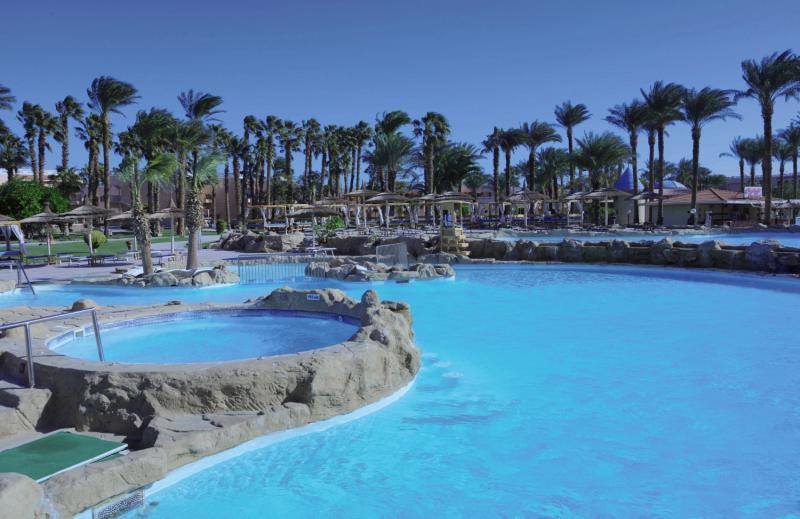 Beach Albatros Resort Pool