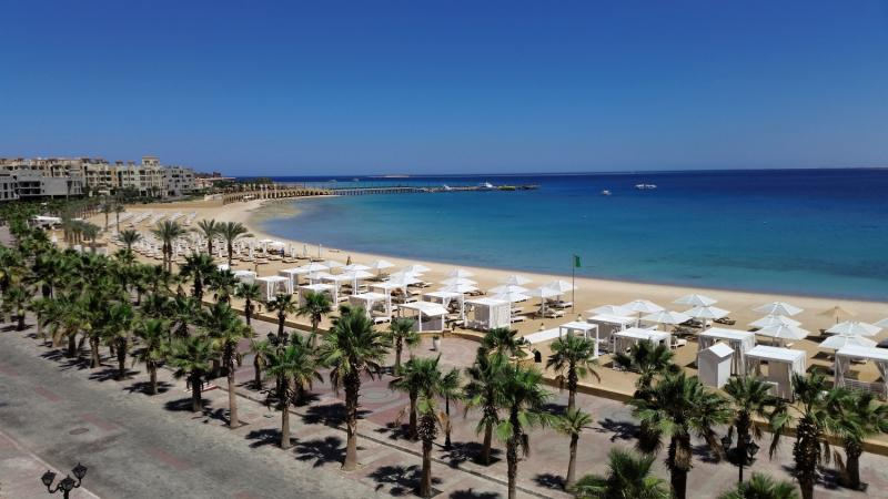 SUNRISE Romance Resort Sahl Hasheesh  Strand