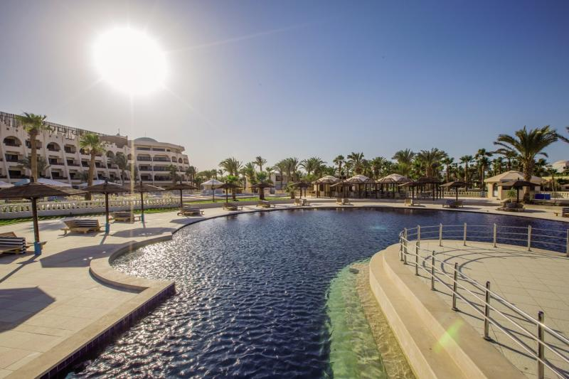 Golden 5 Paradise Hotel & Beach Resort Terrasse